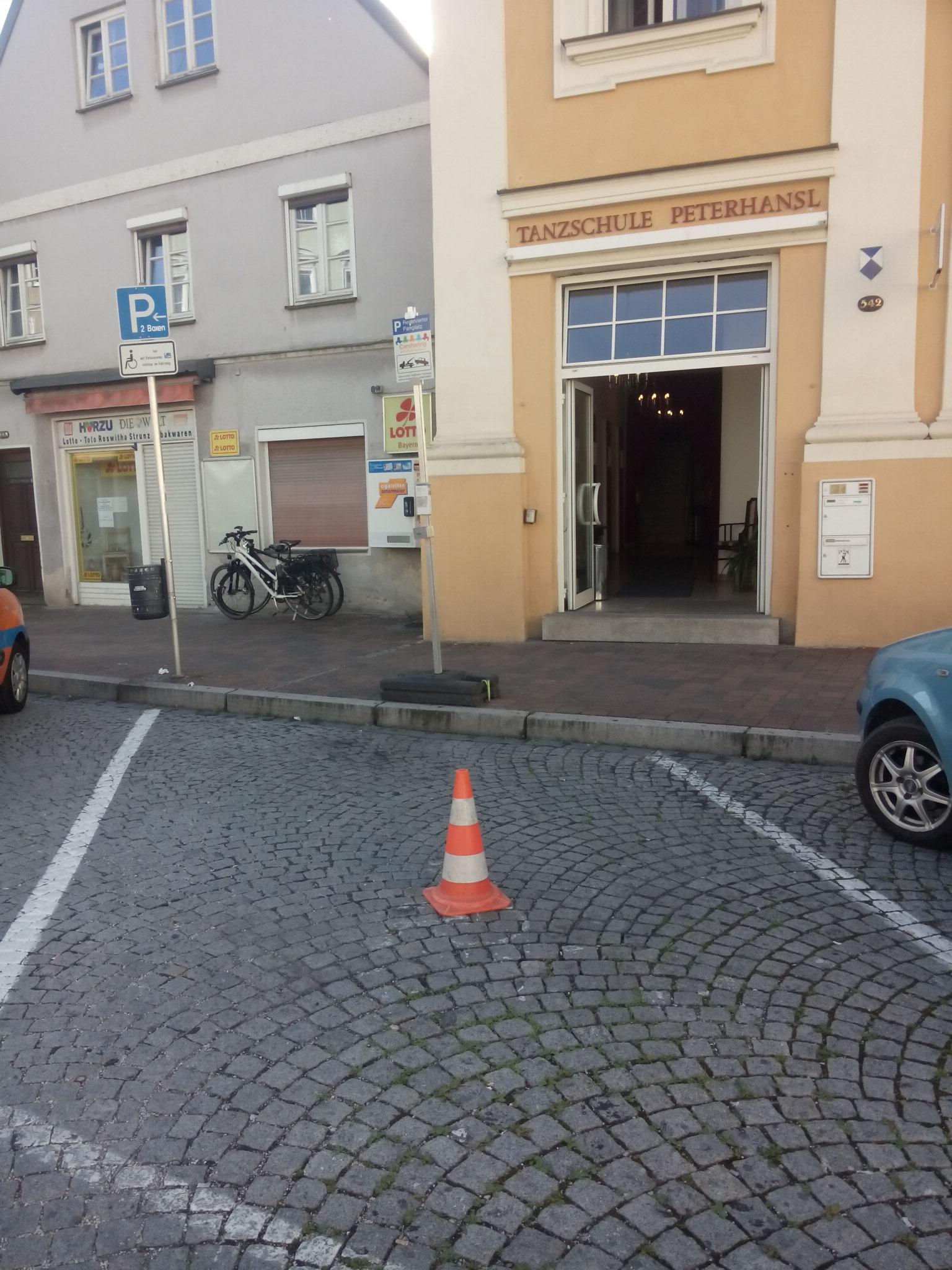 Parkplatz Corsa Regierungsplatz
